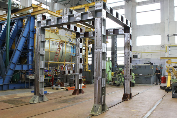 Structural Testing Laboratory : Full scale aircraft testing lnk group